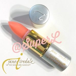 5/$15 Jane Iredale Just Kissed Lip Cheek Stain